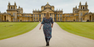Hannah walking towards Blenheim Palace.